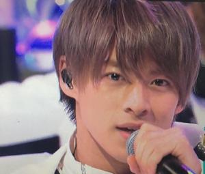 平野紫耀髪型 短髪カラー13